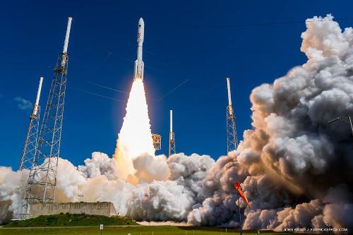 Lanzamiento de un Atlas 5