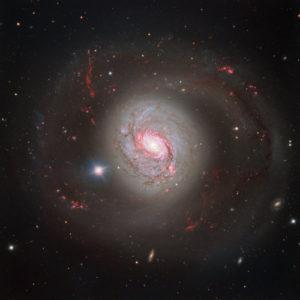 m77, galaxia espiral activa.
